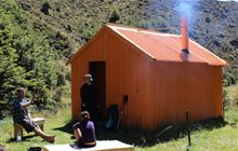 Back Ridge Hut . Kaweka Forest Park