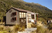 Grassy Flat Hut . Kelly Range - Styx River area