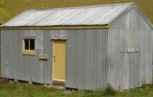 Junction Hut . Old Woman and Old Man/Kopuwai Ranges