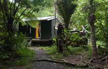 Peach Cove Hut . Bream Head Scenic Reserve, Whangarei Heads area