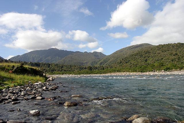 toaroha_river_start